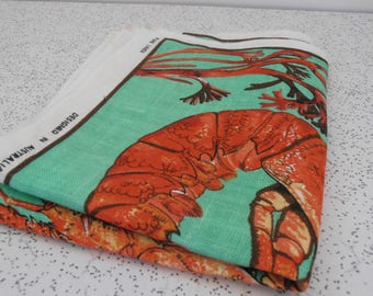 lovely lobsters...vintage souvenir linen tea towel