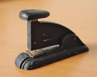 Art Deco Swingline Speed Stapler-Working with Staples-Vtg stapler Long Island -#3 Swingline