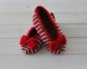 Red, grey, white striped slippers with bow, slippers size 36 - 37 EU (US 6 - 6,5), hand knitted slippers, slippers are ready to ship