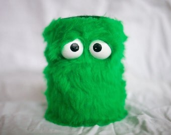 Kids Instruments Shaker - Furry Green Handmade Durable Eco-Friendly Fun Coolest Shaker Drums Instruments For Kids