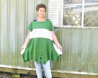 T-shirt, Upcycled Shirt, Upcycled Tunic, Upcycled Poncho, Modern Clothing, Loose Fit Tunic, Loose Top, Ladies Tunic, Hippie Shirt