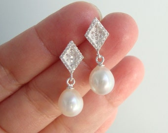 Pearl Earrings for the Bride, Earrings for Mother of Bride, Mother in Law, Organic Natural Pearl Earring, Natural Drop Pearl Earrings