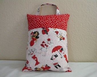 Travel PILLOWCASE / Adult or Child / Pillowcase wPocket / Whimsical LADIES /Pillowcase for All Ages / Ladies in Red
