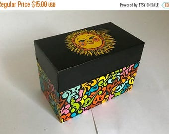Vintage 1970's Metal Recipe Card / 3 x 5 Index Card Holder with Sun Graphic by Ohio Art
