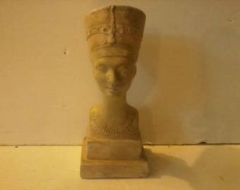 Antique Egyptian Nefertiti Art Studio Sculpture dated 1938
