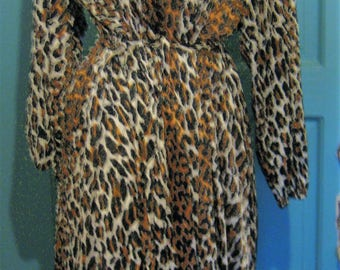 Meow Mod Retro Robe Vanitty Fair  Animal Print V Neck  Size Large