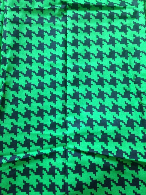Houndstooth fabric green black pixillated pixels minecraft for Minecraft fabric by the yard
