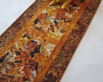 Quilted Fall Table Runner, Table Runner with Leaves, Autumn, Handmade Table Runner, Tablerunner, Brown, Gold, Rust Table Runner, Home Decor