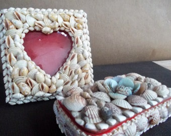 Vintage Pair of Seashell Encrusted Picture Frame and Box