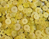 100 Yellow Button Mix, Yellow Assorted  Sizes, Sewing, Crafting Jewelry Collect (1394)