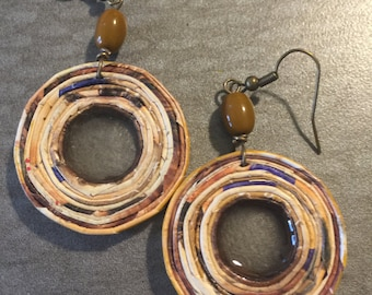 n. 67 OKRA & EARTH TONE open coil with resin recycled paper pierced earrings measure 1.5""