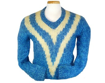 M Men's Vintage 1960's Pullover Sweater, Wool Mohair V-neck Sweater, Medium