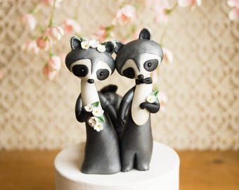 Raccoon Wedding Cake Topper - Handmade by Bonjour Poupette
