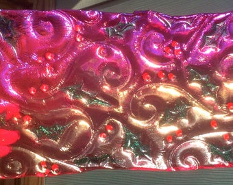 Fused Glass Holly & Berries Fuchsia Iridized Plate - Food Safe