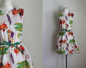vintage 1960s novelty print dress -FARMER'S MARKET zip up house dress / M