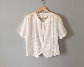 SALE...lace crop top | pocelain white cotton top