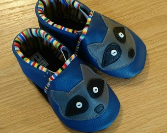 Baby boy navy blue raccoon shoes size 6/ 18-24 months