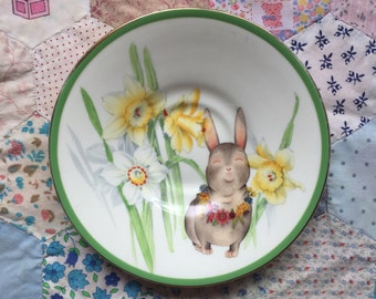 Australiana Bunny with Daffodils Illustrated Vintage Plate