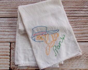 Serviette de sac de farine / casseroles de cuisine Vintage linge vintage broderie
