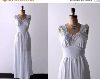 25% OFF 1950's negligee. blue. 50 m nightgown. maxi. long. lace. rayon. 50's light blue negligee.
