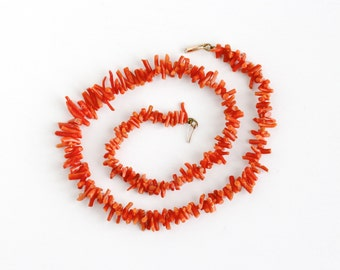 Vintage Genuine Branch Coral 10k Gold Clasp Necklace - 1940s Organic Gem Unique Statement 19 Inch Single Strand Graduated Jewelry