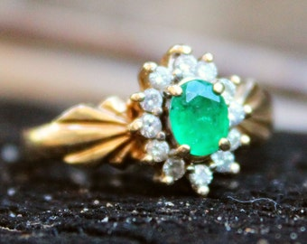 Vintage 14ct Yellow Gold Emerald Diamond Cluster Ring Jewellery Jewelry Old