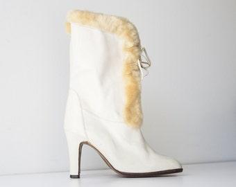 Vintage Oscar de la Renta White Leather - Faux Fur Boots
