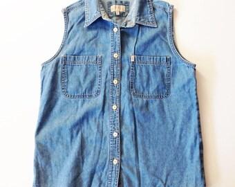 Chambray shirt, sleeveless shirt, vtg chambray blouse, Riders shirt, summer chambray, sleeveless blouse, chambray blouse