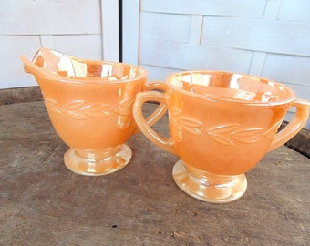 FIRE KING. Luster Ware. Creamer & Sugar. Peach Lustre. Anchor Hocking. Lusterware. Peach Luster Ware.  kitchen ware. vintage 1960s kitchen.
