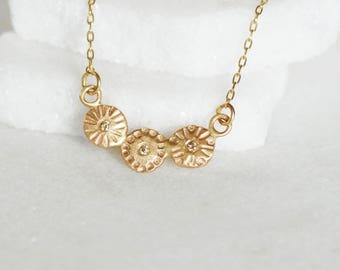 Diamond Flower Chain Necklace - 14k Gold Bar Necklace - Diamond Flower Pendant
