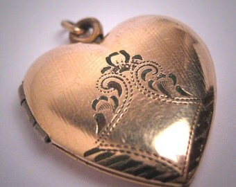 Antique Gold Locket Engraved Heart Vintage Victorian Pendant 1920