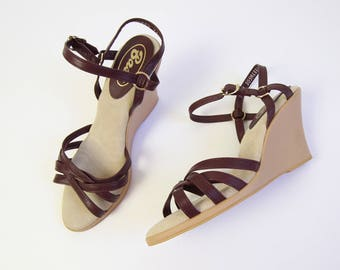 VINTAGE Wedge Sandals Strappy Leather Heels Size 6.5 Size 7