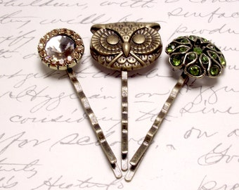 Bronze Owl and Gemstone Button Bobby Pins. Owl Hair Pins. Bronze and Olive Gemstone Hair Accessories.
