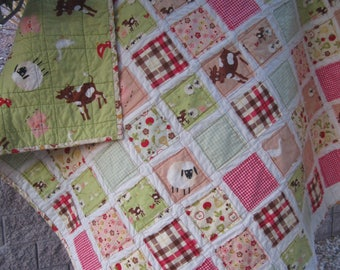 Farm Friends.......Toddler/Baby Rag Fray Edge Quilt.... Cows Pigs Sheep Geese Veggies Flowers...Gender Neutral......Ready to Ship