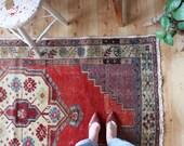 """vintage Turkish rug, rustic faded Anatolian rug, happy worn bohemian rug, 6'5""""x 3'5"""""""