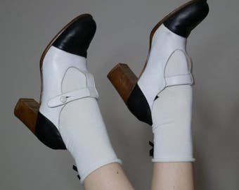 90s black and white leather Mary Janes size 8.5