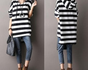Casual Long Sleeved Hoodie T-shirt Blouse for Autumn and Spring