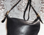 70% OFF MOVING SALE Authentic Vintage Coach - Black leather - Crossbody- Bucket Coach Messenger handbag