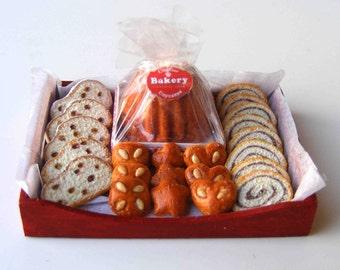 Christmas bakery tray