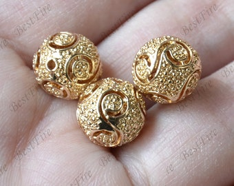 2 pcs 11 mm 24K Gold Plated Brass Hollow ball Charm Pendant Spacer,Charms Jewelry Findings,metal brass spacers finding beads