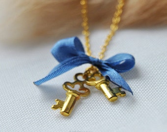 Keys to your heart, admiral - SD recommended golden necklace