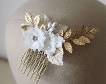 Gold and ivory bridal hair comb, gold comb, ivory flowers, floral comb, vintage style - *Charlotte*