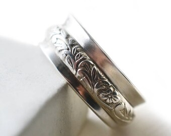 Spinner Wedding Band, Women's Carved Floral Spinning Ring, Sterling Silver Meditation Ring, Custom Engraved Thumb Ring, Worry Jewelry