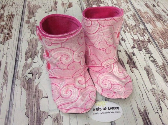 Pink Tidal Wave Soft Sole Boots size 2t