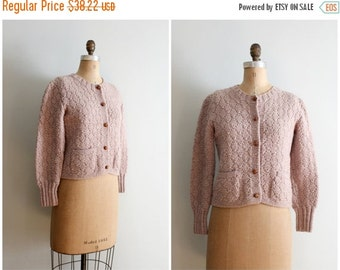 3 DAY SALE vintage tan hand knit cardigan sweater -  60 granny knit sweater / vintage cardigan sweater / Fall ladies sweater - hand made lab