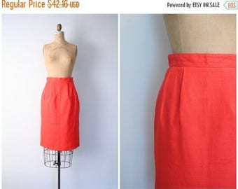 25% SPRING SALE Saks Fifth Avenue pencil skirt - bright red linen / Blood Orange - pin up skirt / high waisted skirt - vintage 70s - 80s des