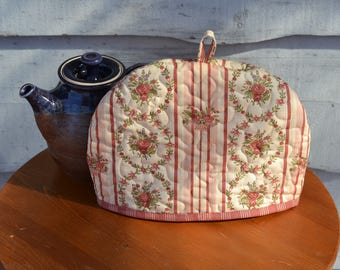Country Tea Cozy, Country Orchard fabric by Blackbird Designs for Moda