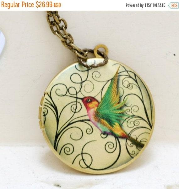ON SALE Hummingbird Locket,Locket,Brass Locket,Image locket,picture locket,Wedding Necklace