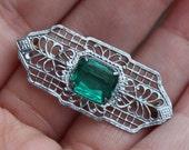 Vintage Art Deco Filigree Green Glass Brooch