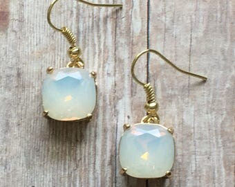 Nickel free! Gorgeous opalite dangke earrings
